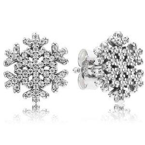 Pandora snowflake studs